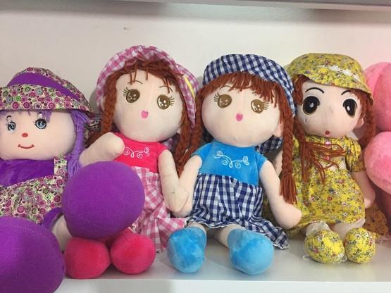 Quà trung thu cho bé gái - Búp bê bông mặc váy Hahuma