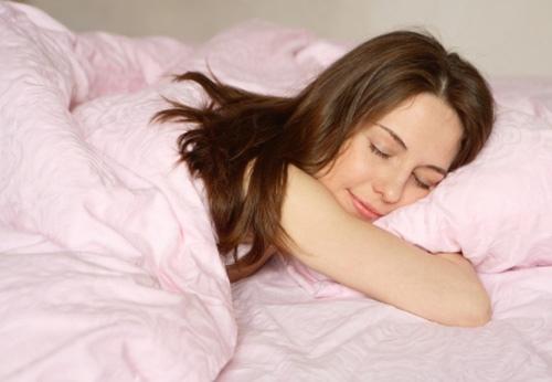 Nằm sấp cần phải tránh khi mang thai em bé